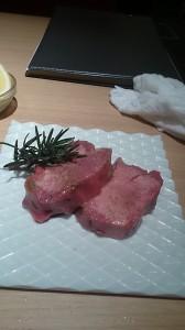 御茶ノ水肉4